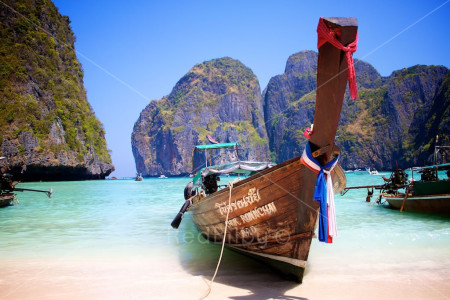 Red_Bilby_Boats_Thailand_Comp